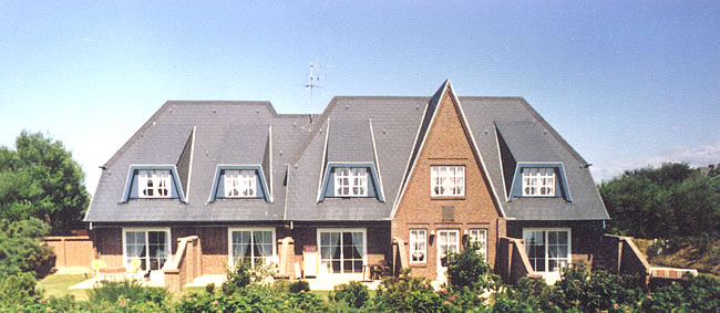 ferienhaus berg ferienwohnungen in tinnum auf sylt. Black Bedroom Furniture Sets. Home Design Ideas